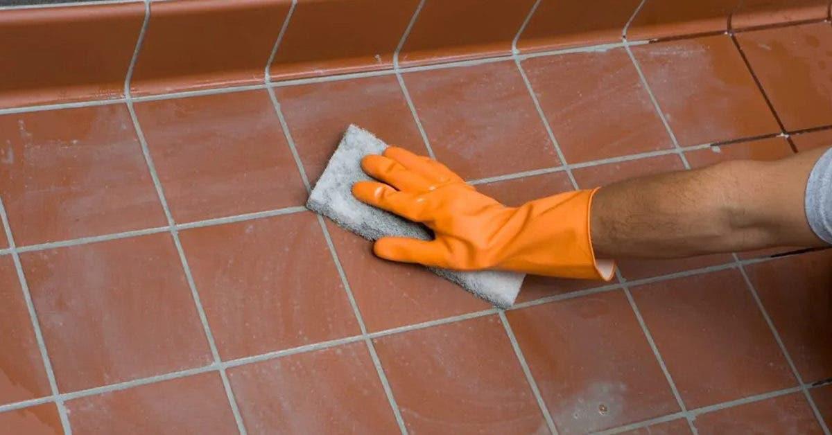 5 astuces naturelles pour nettoyer les joints de carrelage et faire briller le sol