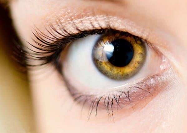 ce-que-la-couleur-de-vos-yeux-revele-de-votre-personnalite-4