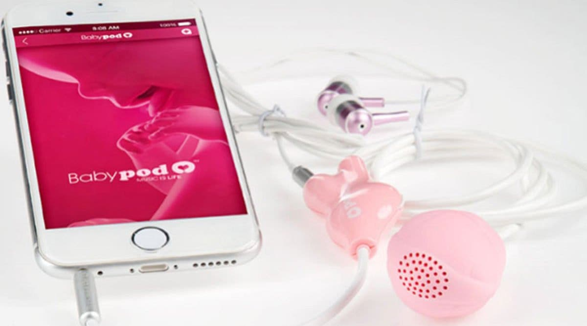 ces-haut-parleurs-permettent-au-bebe-decouter-de-la-musique-dans-le-ventre-de-sa-maman