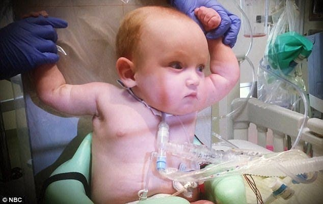 Leur bébé meurt à l'hôpital