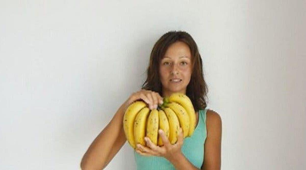 Cette femme n'a mangé que des bananes pendant 3 jours. Voici ce qui lui est arrivé