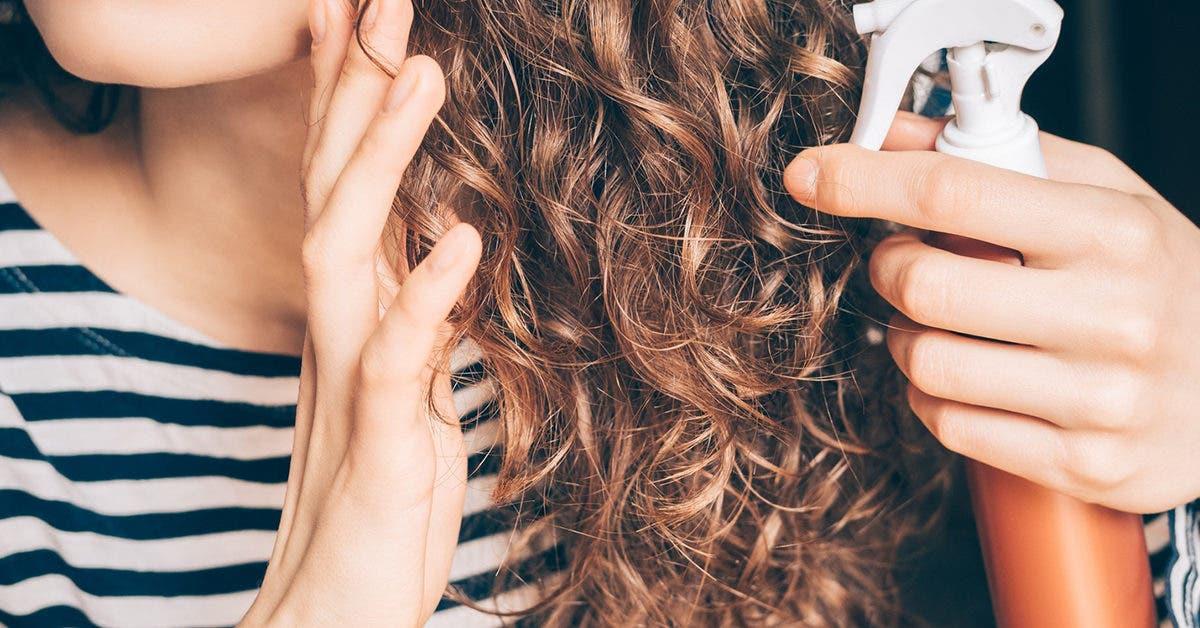 Cheveux bouclés : 3 traitements naturels pour avoir de jolies boucles