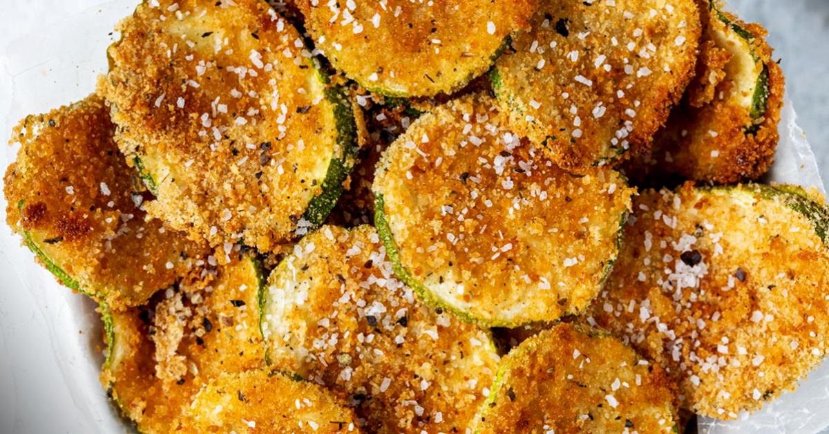 Chips de courgettes croustillantes sans huiles - facile et délicieux
