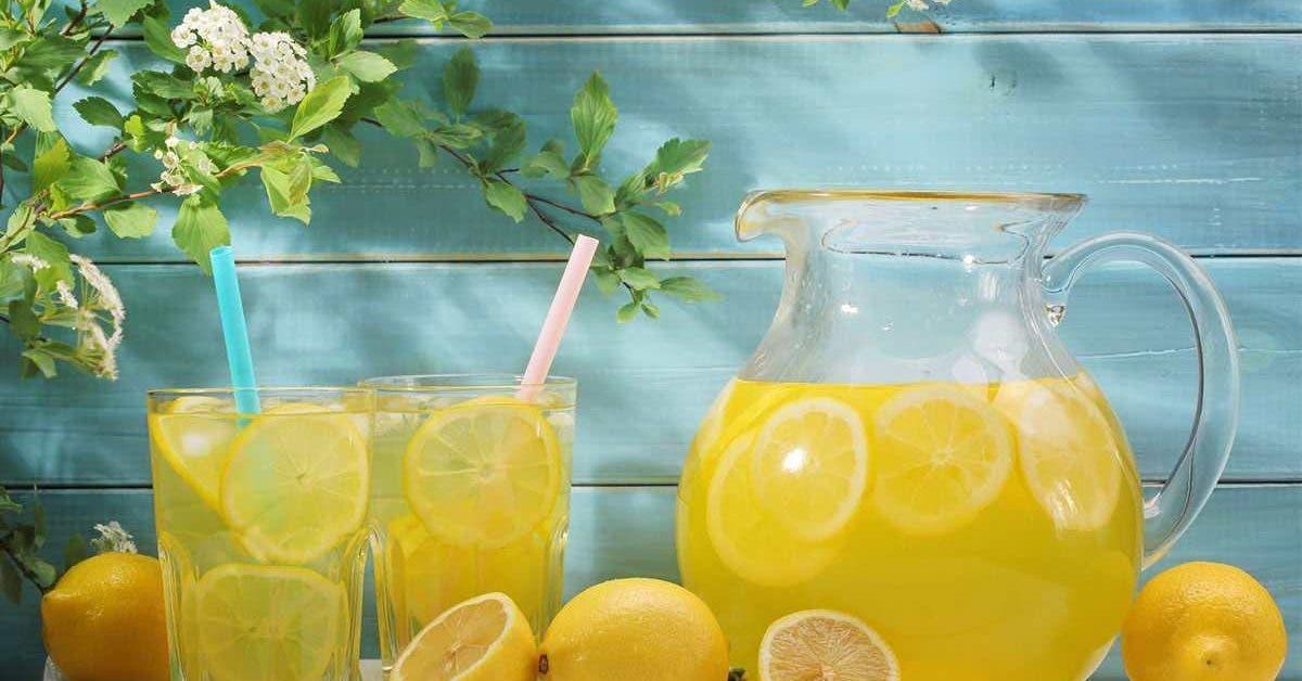 choses géniales qui arrivent à votre santé lorsque vous buvez de l'eau citronnée tous les jours