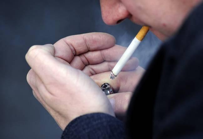 la cigarette rétrécit le pénis avertissent les experts