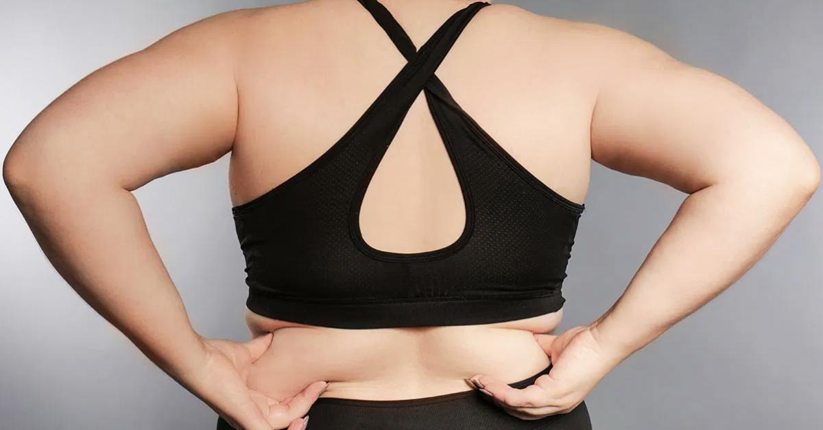 comment-se-debarrasser-de-la-graisse-du-dos-avec-des-exercices-et-un-regime