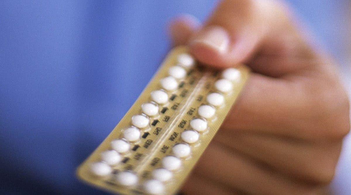 coronavirus-les-medecins-mettent-en-garde-les-femmes-qui-utilisent-la-pilule-contraceptive