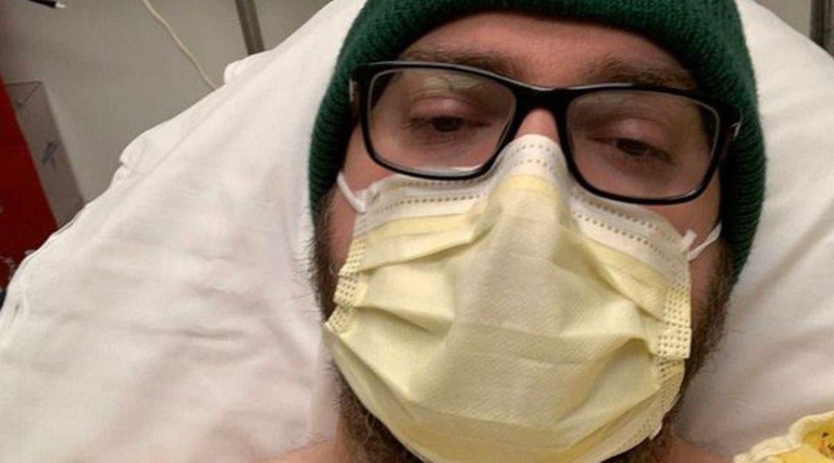 coronavirus-un-homme-touche-par-la-maladie-revele-les-symptomes-a-surveiller