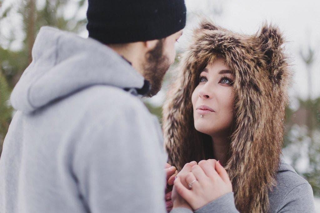 couple avec une personne du signe du Lion