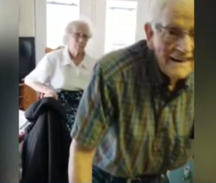 Un couple de personnes âgées est forcé de se séparer par leur maison de retraite après 69 ans de vie commune