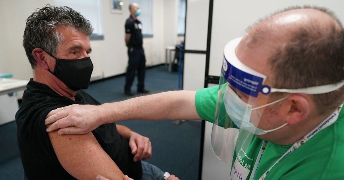 covid-19-des-personnes-signalent-un-nouvel-effet-secondaire-apres-avoir-fait-leur-vaccin