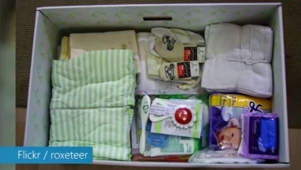 decouvrez-la-raison-geniale-pour-laquelle-chaque-bebe-en-finlande-dort-dans-une-boite-en-carton-1