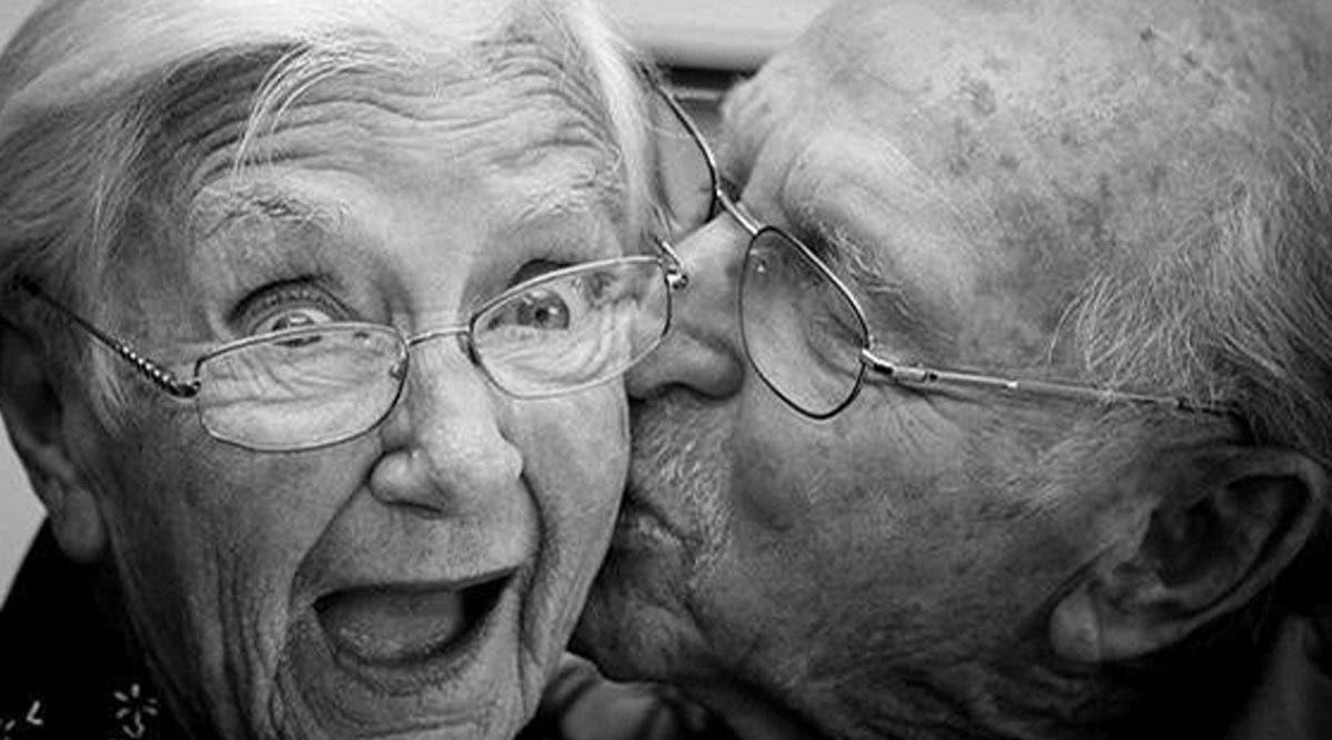des-amoureux-depuis-le-lycee-se-retrouvent-et-se-marient-apres-70-ans-de-separation--une-magnifique-histoire-damour