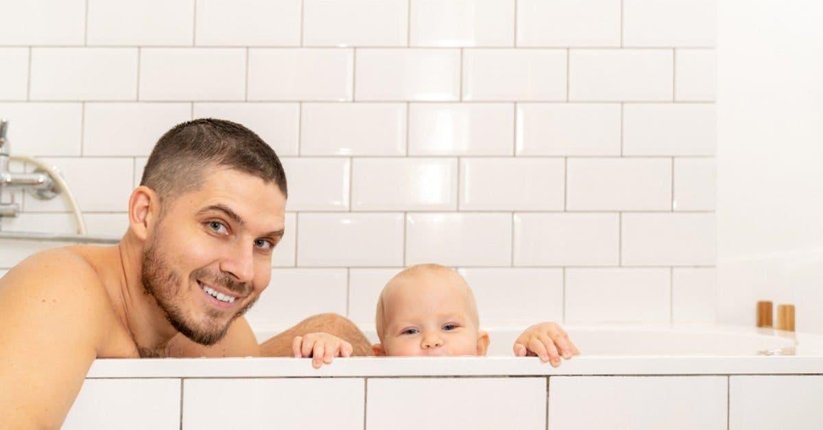 quel âge peut-on encore prendre le bain avec son enfant
