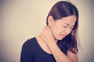 douleurs au cou