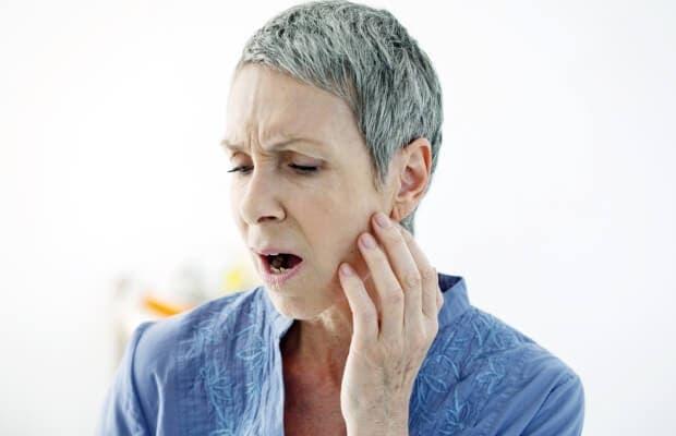 douleurs machoires ou dos
