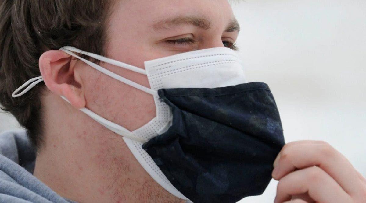 faut-il-mettre-deux-masques-pour-eviter-les-nouveaux-variants-du-covid-19