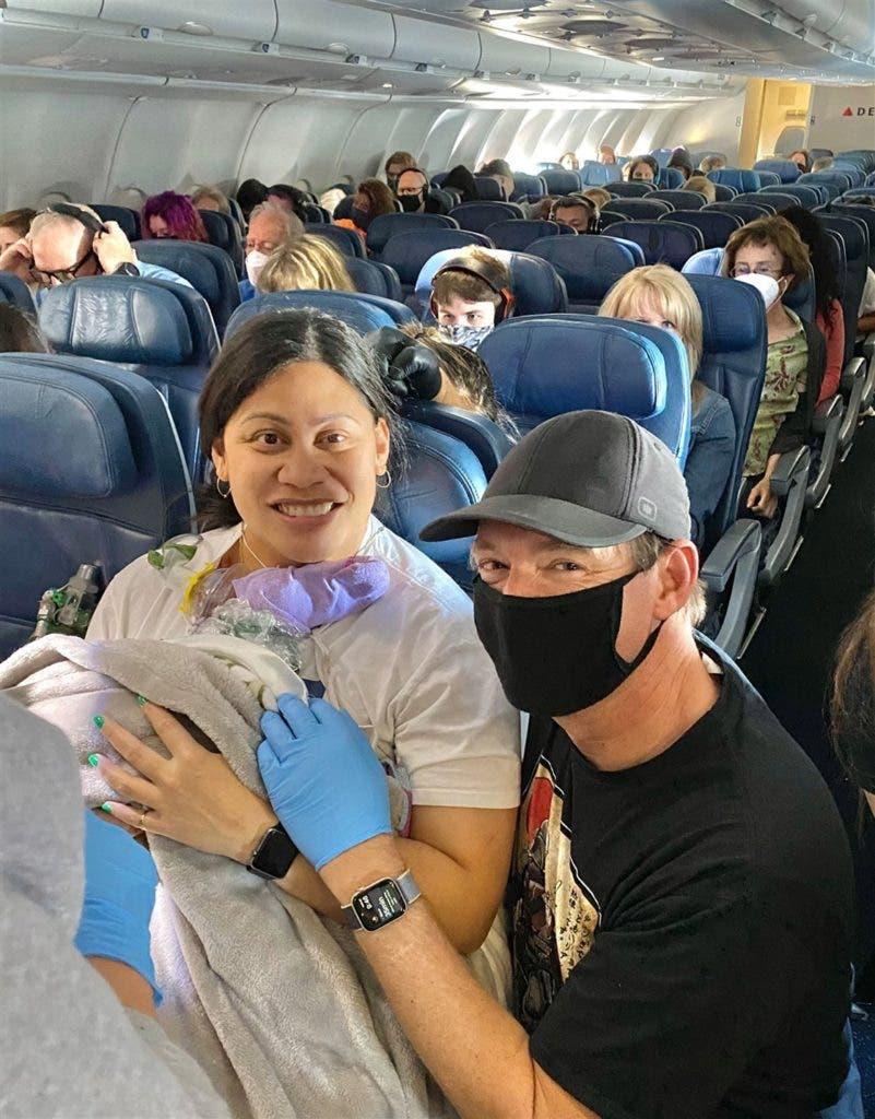 femme avion 4 801x1024 1