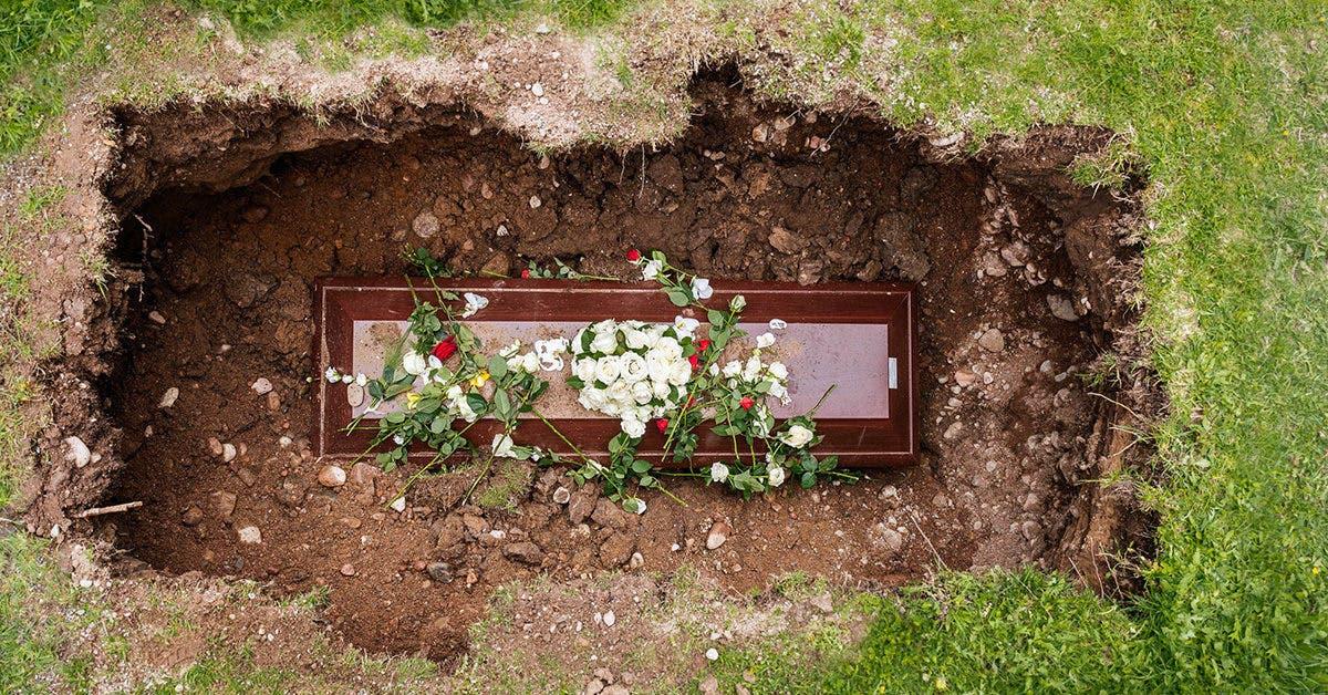 Les archélologues découvrent les restes d'une femme qui a « accouché » dans un cercueil après sa mort
