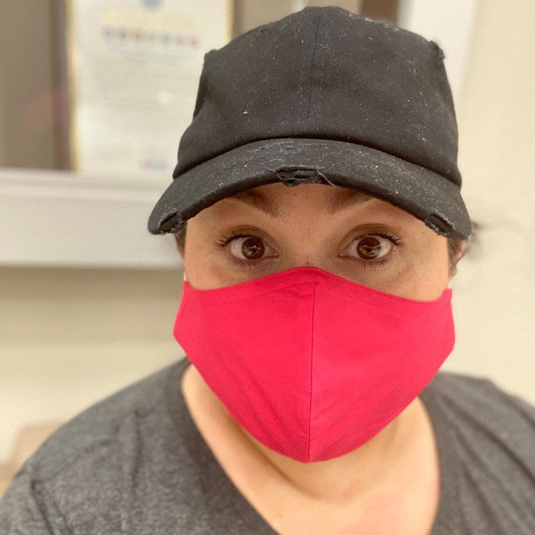 femme masque medical