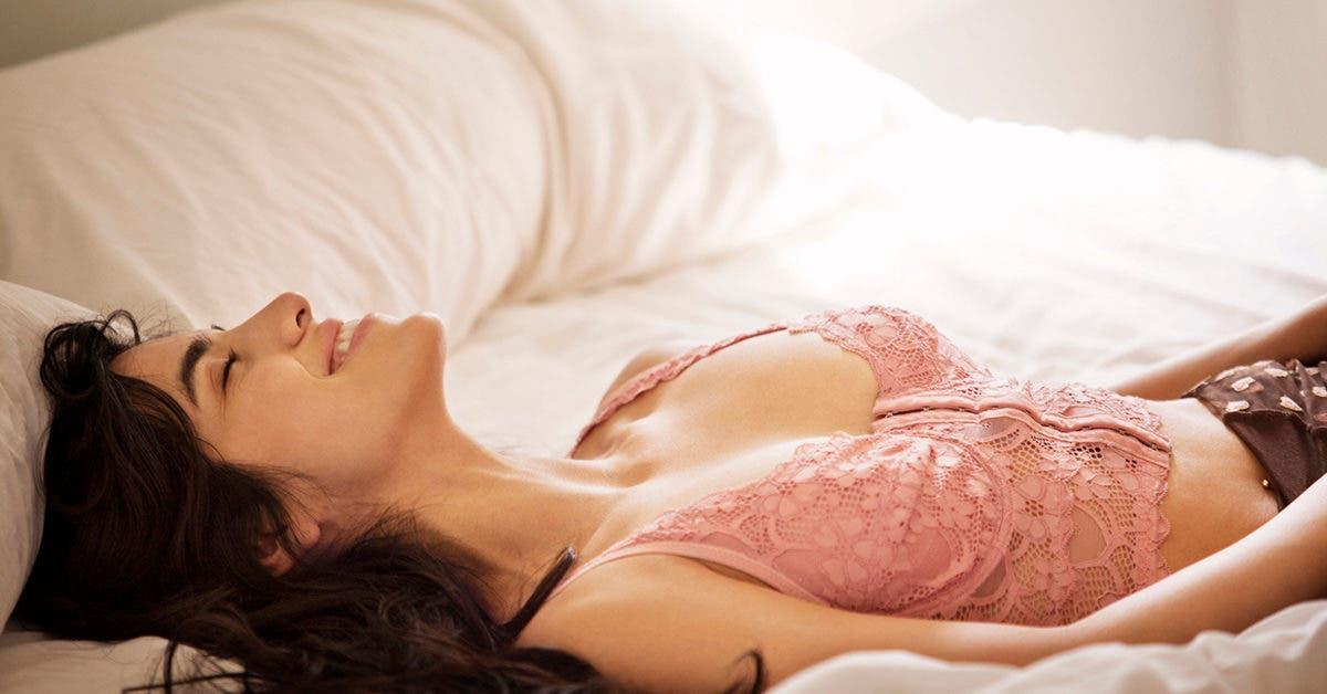 Trois femmes sur quatre se mastrurbent pendant que leur partenaire dort