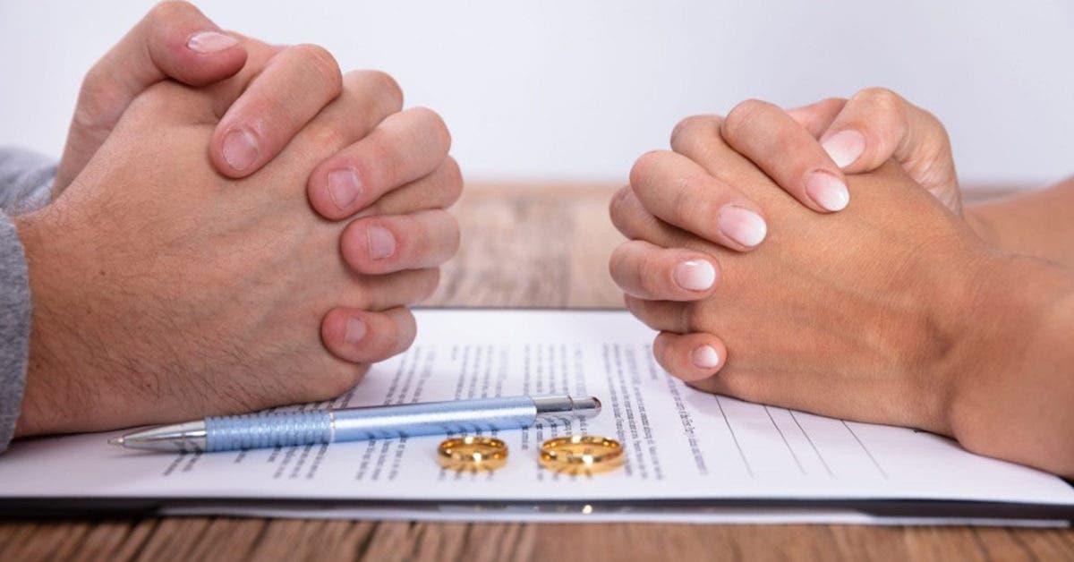 Cette femme poursuit son petit ami pour ne pas l'avoir demandé en mariage après 8 ans de relation