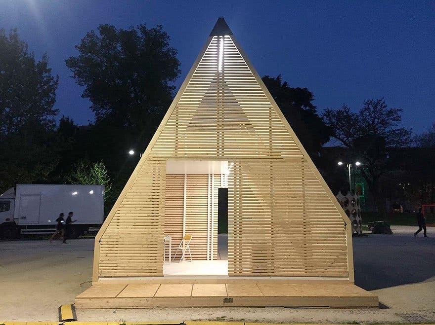 folding innovative house six hours madi home 5a154e51e614b 880 1