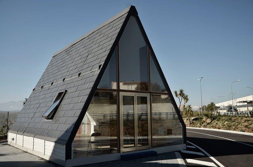 folding innovative house six hours madi home 5a154e5354a70 880 1
