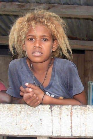 garçon mélanesien