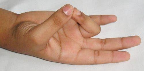 gestes-avec-leurs-mains2