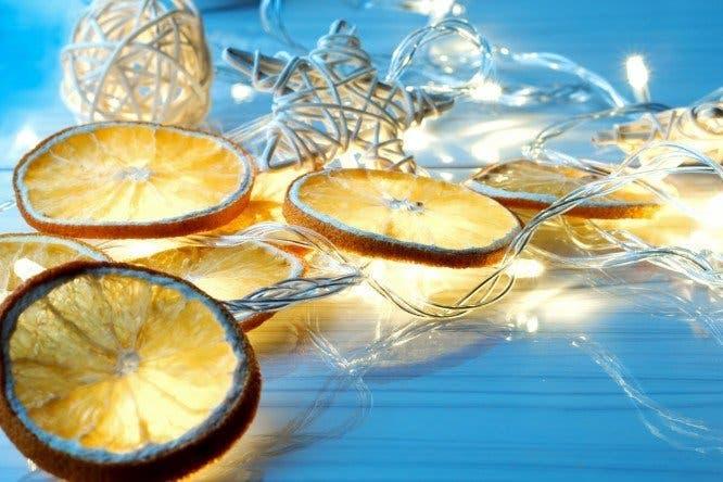 guirlandes de fruits secs