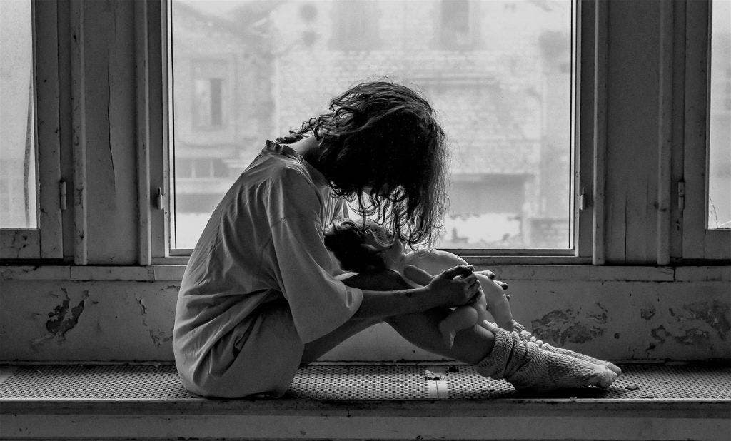 Les 7 habitudes subtiles des personnes qui cachent leur dépression