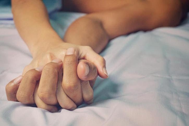 Un homme décède pendant une relation sexuelle