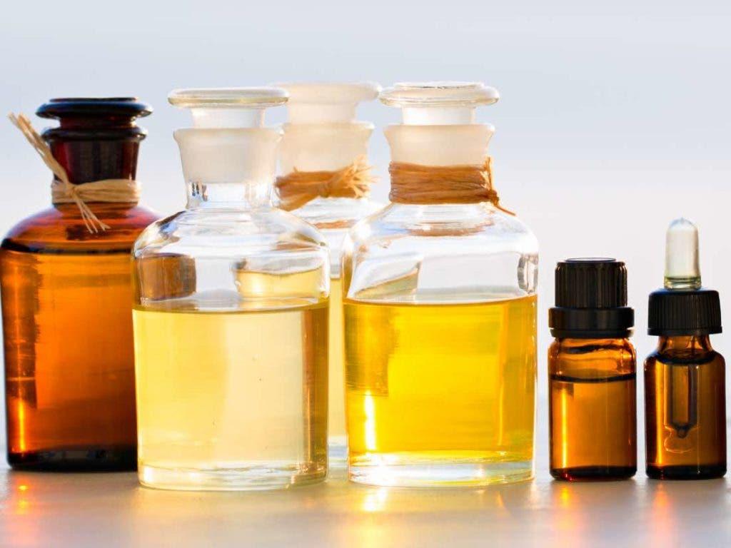 huiles essentielles 3 1024x768 1