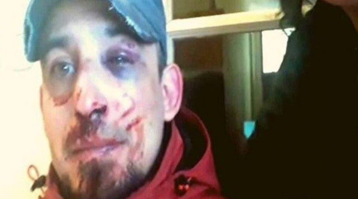 il-est-sorti-pour-distribuer-de-la-nourriture-et-quatre-policiers-lont-brutalement-battu-pour-ne-pas-avoir-respecte-le-confinement