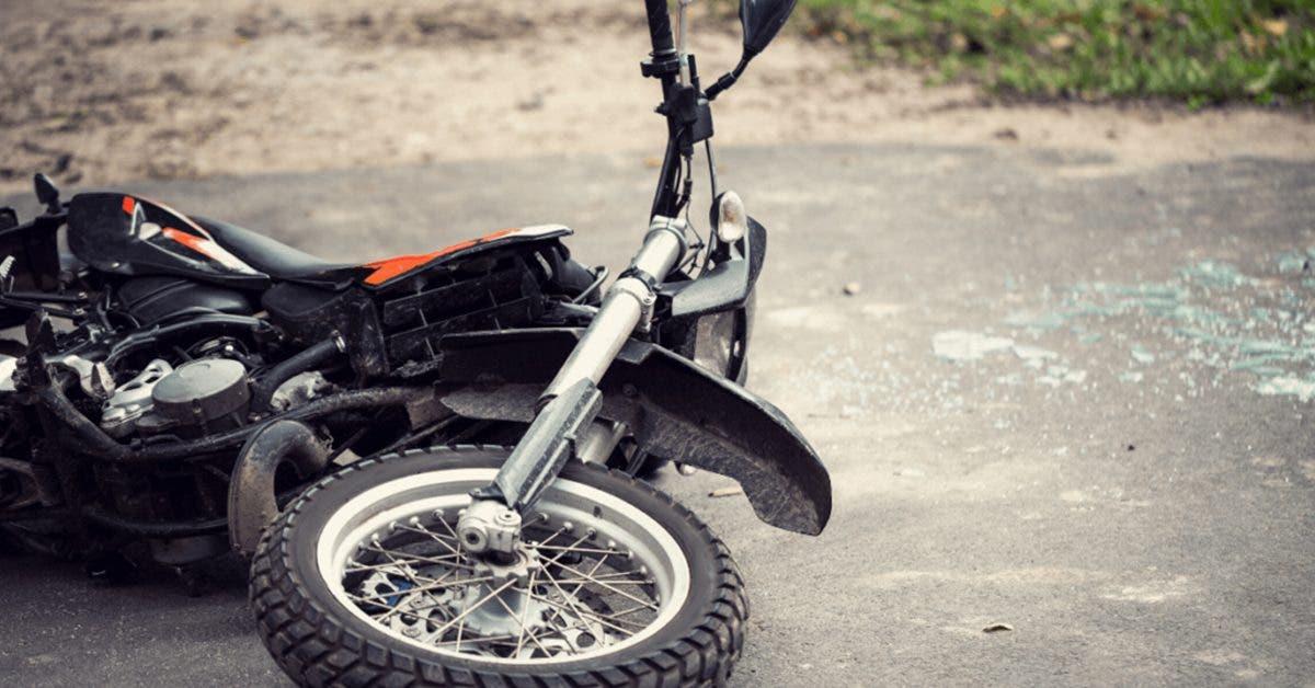 il-fait-un-accident-et-tue-un-motard--quand-il-essaye-de-laider-il-decouvre-que-cetait-son-fils