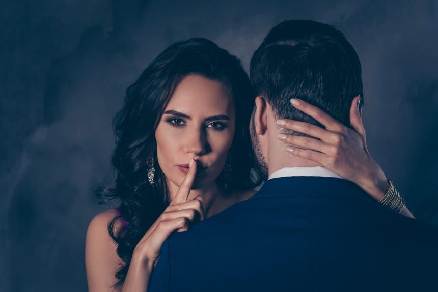Les femmes peuvent également tromper leur partenaire