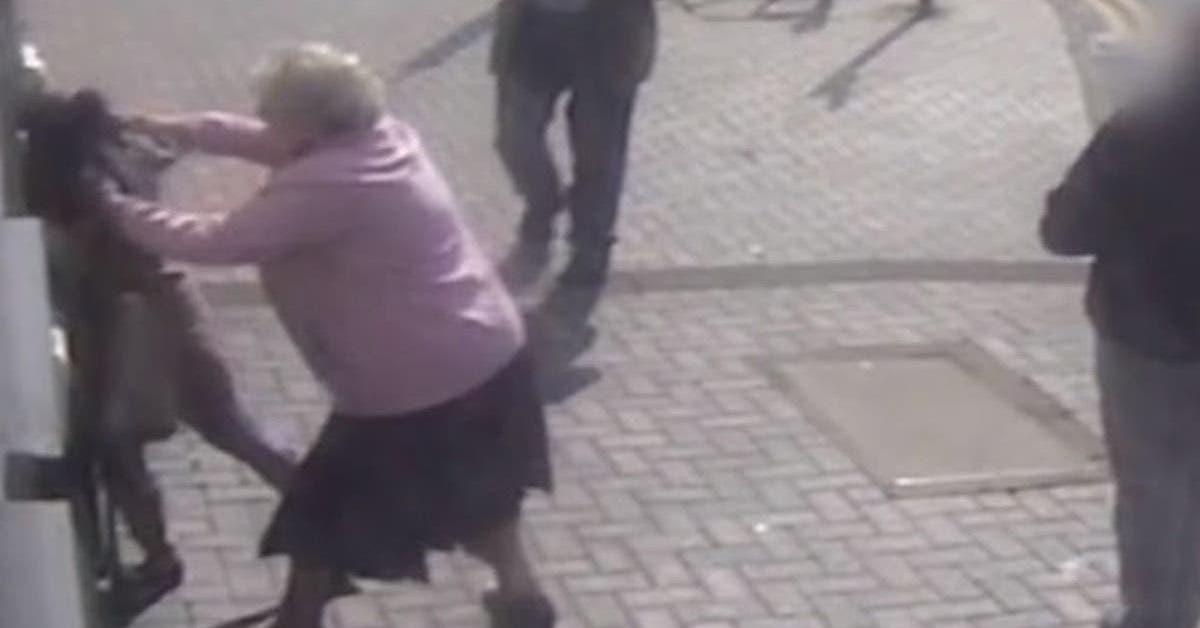 jai-travaille-dur-pour-gagner-cet-argent-une-mamie-de-81-ans-se-bat-contre-un-voleur-devant-le-distributeur