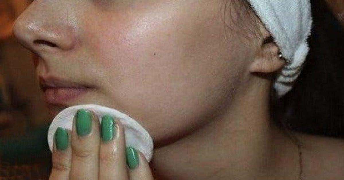 la meilleure facon de nettoyer votre visage a la maison pour une peau nette et douce comme celle dun bebe 1