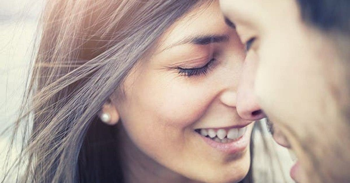 la raison pour laquelle les personnes en couple depuis longtemps finissent par se ressembler 1