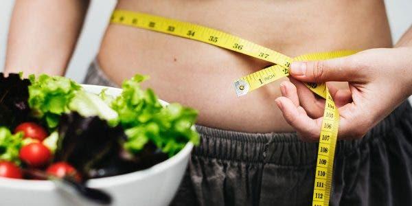 les-15-meilleurs-remedes-maison-pour-perdre-du-poids-naturellement-en-2-semaines