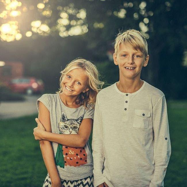 les frères et sœurs les plus jeunes sont les plus drôles