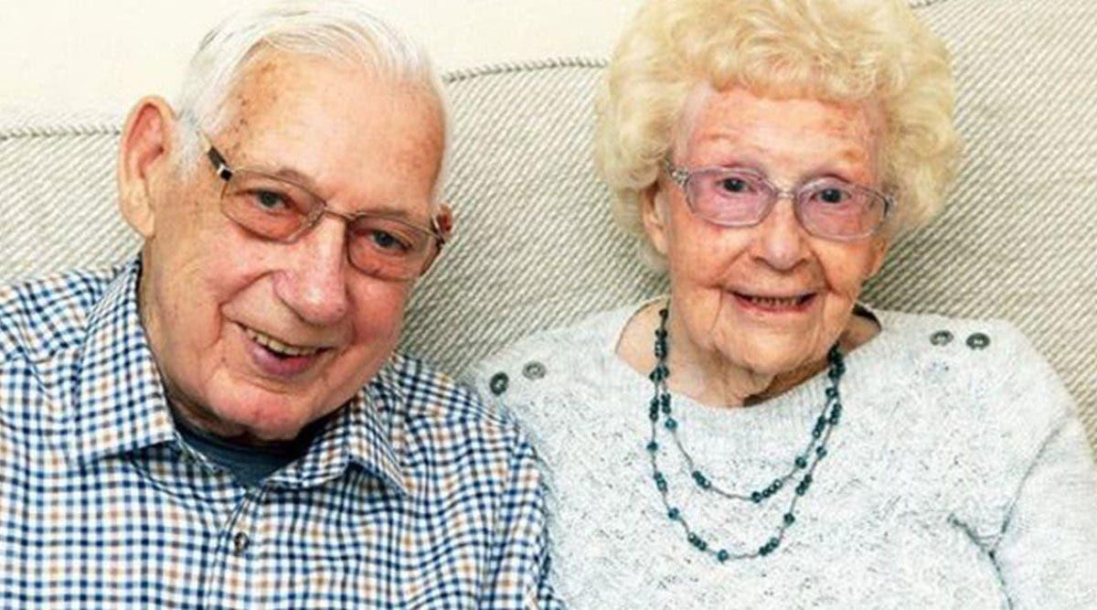 marie-depuis-71-ans-ce-couple-meurt-en-se-tenant-la-main-dans-un-lit-dhopital