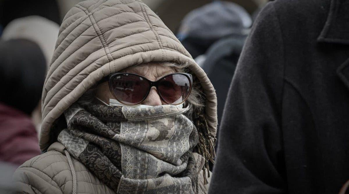 mettre une écharpe ou un foulard devant la bouche ne protège pas du coronavirus
