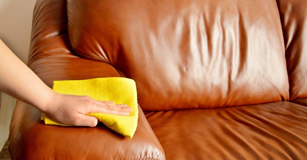 Voici comment nettoyer efficacement votre canapé en cuir