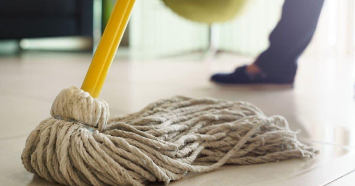 Voici comment nettoyer votre serpillère à frange (balai Espagnol) et la conserver toute blanche