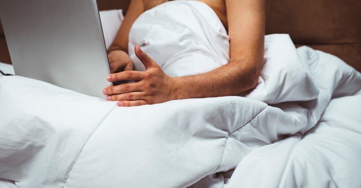 nous-navons-plus-de-vie-sexuelle-avec-mon-mari-mais-il-regarde-des-films-pour-adultes