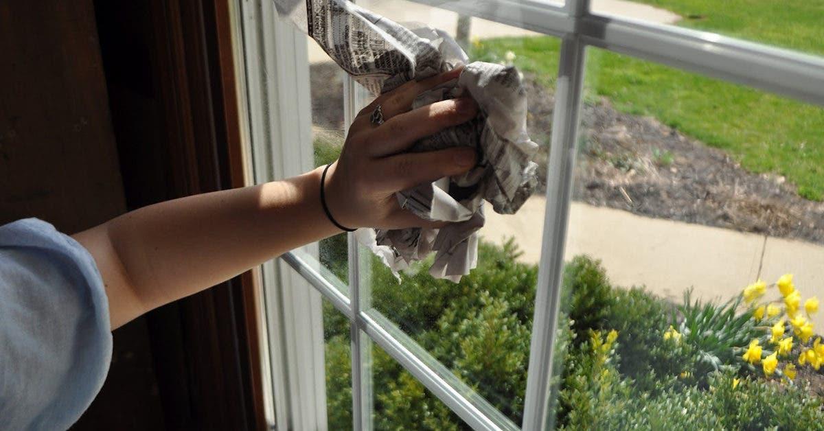 Pourquoi nettoyer les vitres avec du papier journal ?