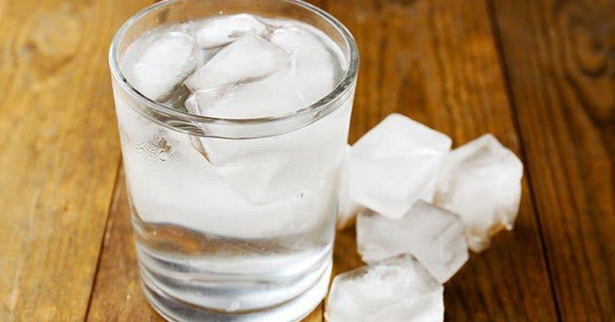 pourquoi-faut-il-eviter-de-boire-de-leau-glacee