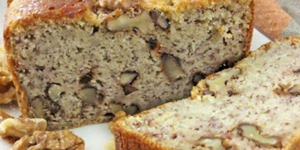 recette-gateau-aux-bananes-aux-noix-et-a-la-cannelle-avec-un-gout-irresistible
